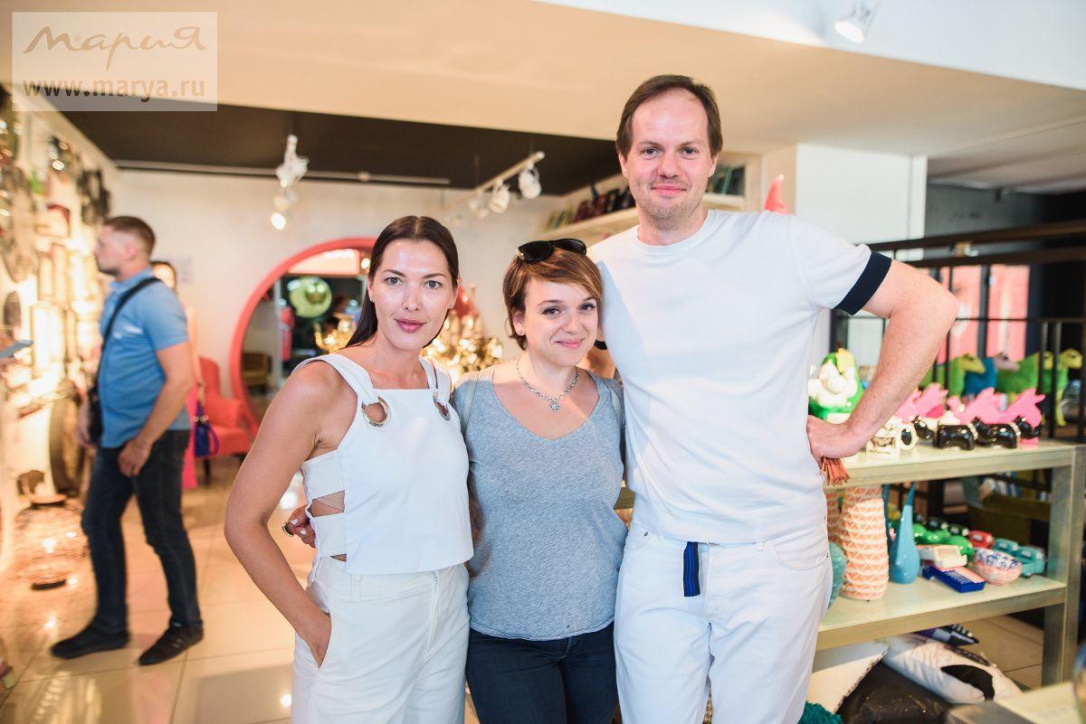 Главный редактор журнала ELLE Decoration сравнил презентацию NEW COLOR OF KARMA  с миланской мебельной выставкой