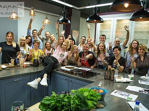 Русская супермодель из Америки провела гастрономический мастер-класс в шоу-руме «Марии»